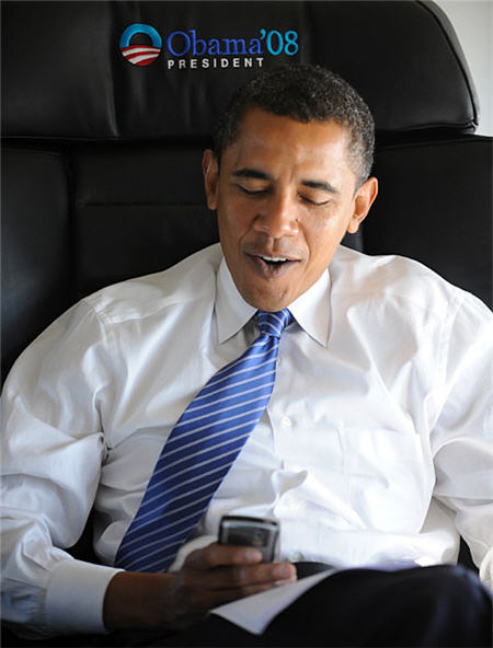 barack-obama-blackberry2